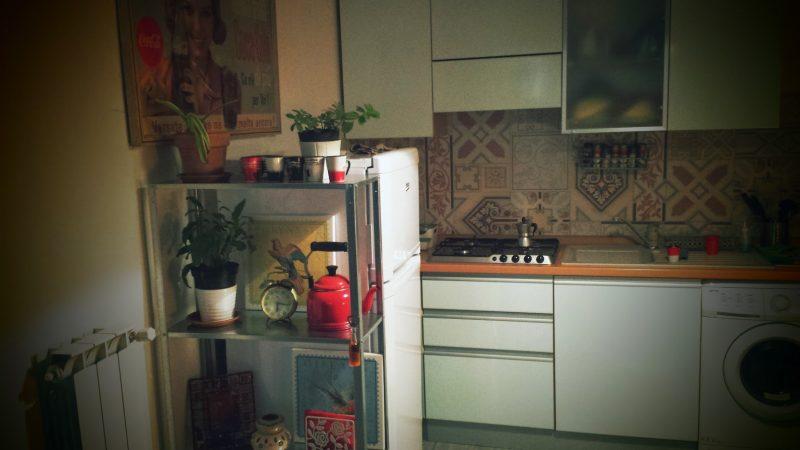 nascondere frigorifero ingombrante