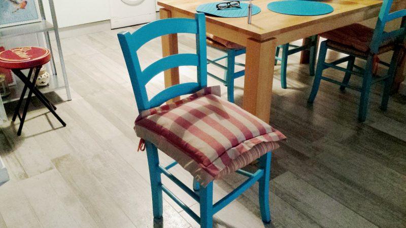 ridipingere le vecchie sedie