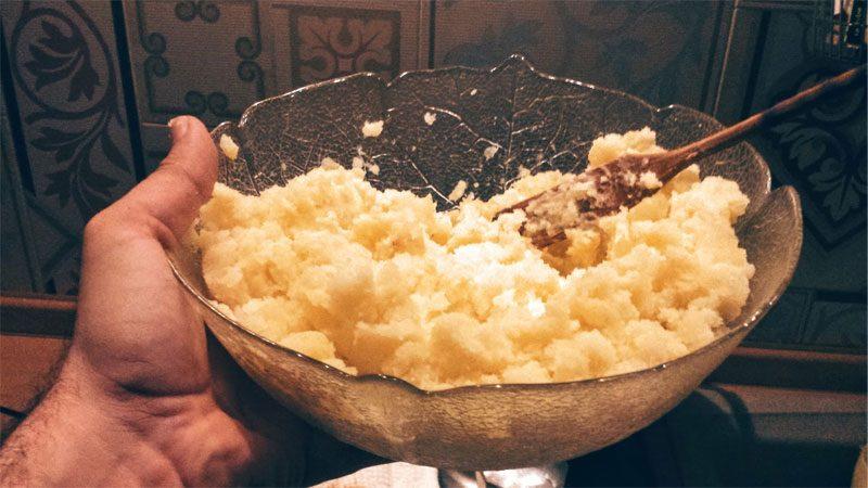 preparare insalata russa: patate