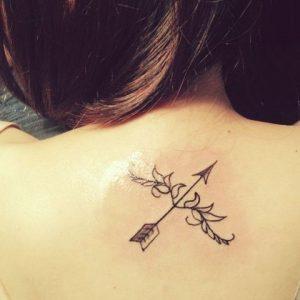 tatuaggio freccia